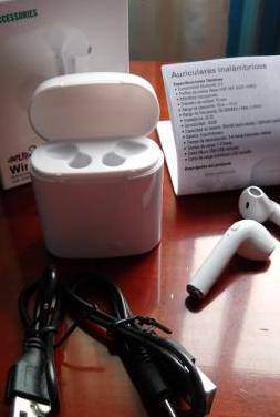 Auriculares blutooth movil.