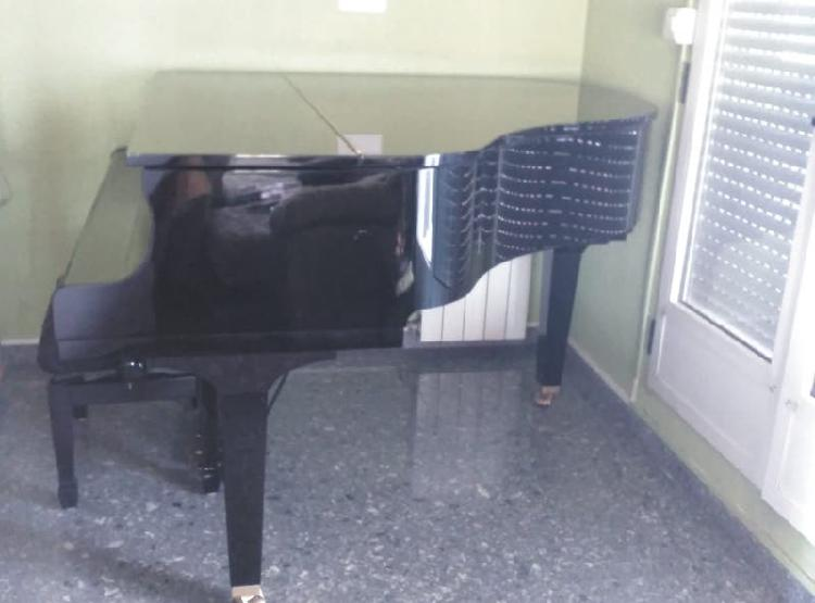 Piano yamaha gb