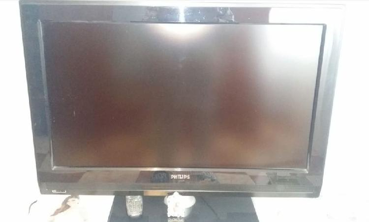 "Tv philips hd 32"" mando compatible"
