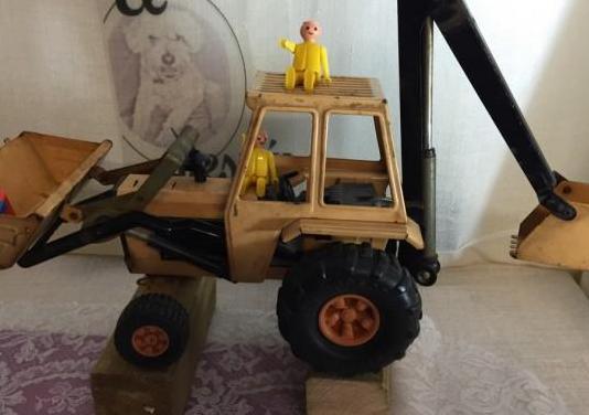 "Antiguo tractor sansón metálico de marca ""rico"""