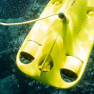 Donne submarino gladius mini 4k cable 100m.