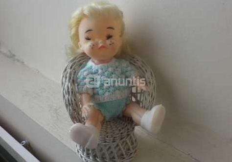 Graciosa muñeca de los años 60