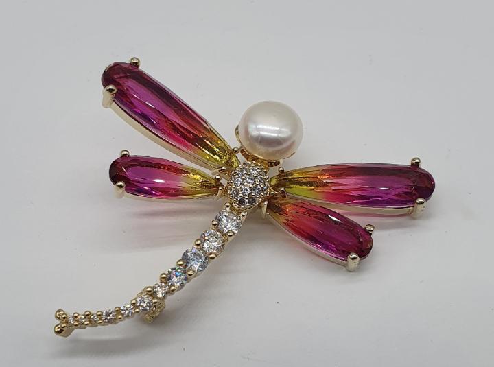 Magnífico broche de lujo chapado en oro de 18k, circonitas,