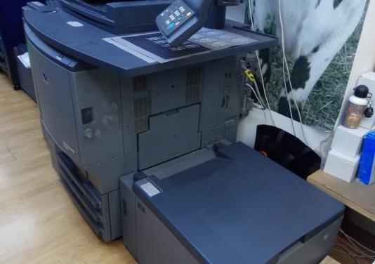 Fotocopiadora konica minolta bizicub pro 5501