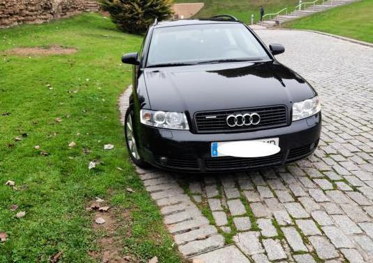 Audi a4 2.5 tdi 180 cv quattro