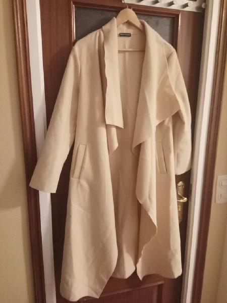 Abrigo fino largo mujer