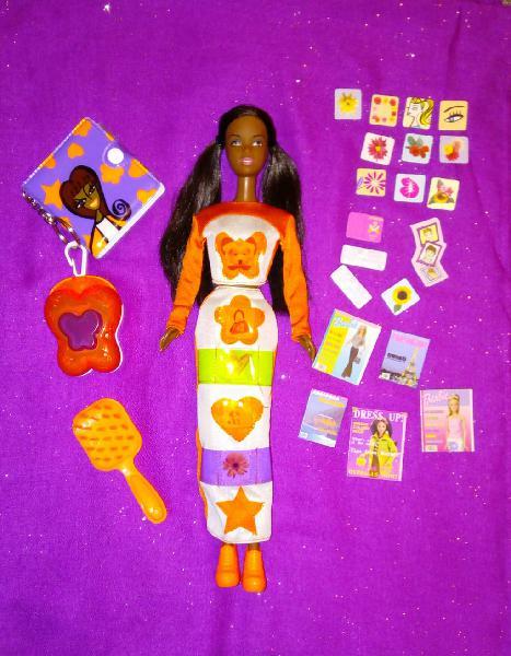Barbie bolsillos divertidos