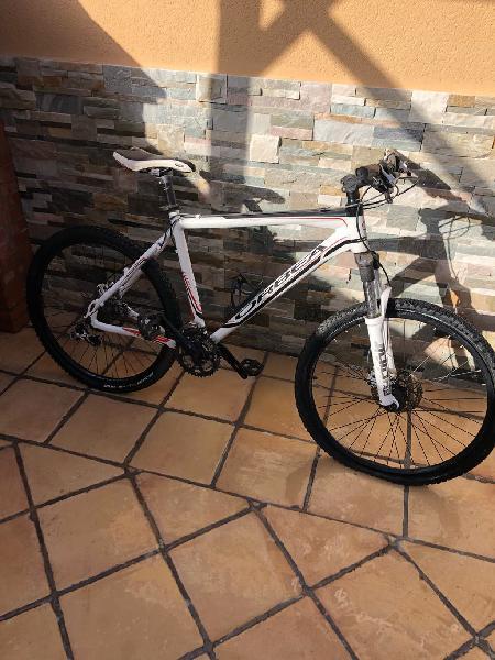 Bicleta mountain bike orbea