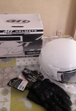 Casco moto y guantes nuevos