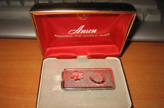 Clip sujetabilletes marca anson made in u.s.a.