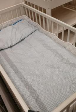 Cuna bebé y colchón