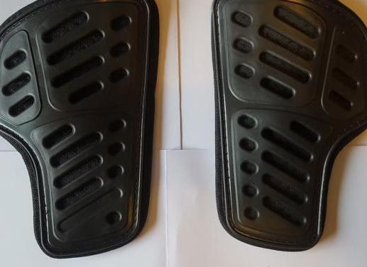 Protecciones de caderas de moto