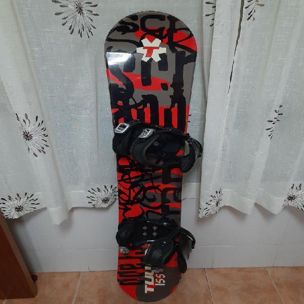 Tabla de snowboard tijuana scrapp 155 + equipo