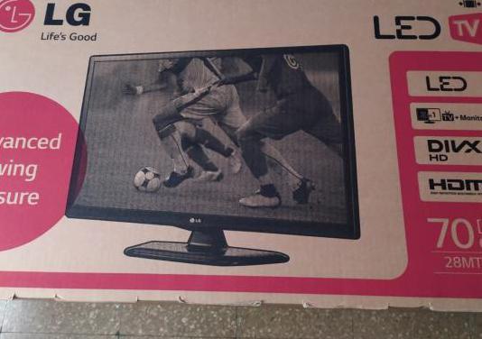 Televisor LG de 28 pulgadas no pesa nada