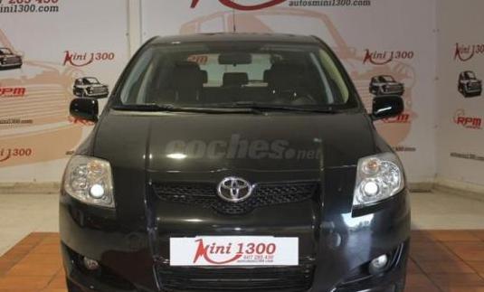 Toyota auris 1.4 vvti luna 5p.