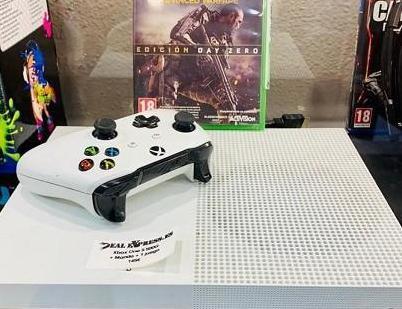 Xbox one s 1 juego 1 año garantía