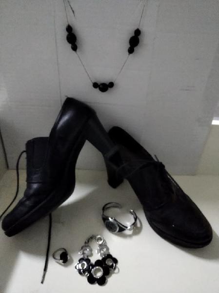 Botines de pandora , dispongo de los accesorios