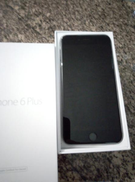 Iphone 6 plus + 7 fundas de regalo