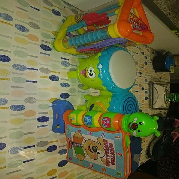 Lote de juguetes infantiles interactivos