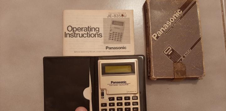 Antigua vintage calculadora electrica panasonic mini pocket