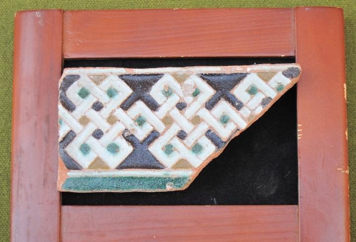 Azulejo antiguo de toledo. arista o cuenca - laceria