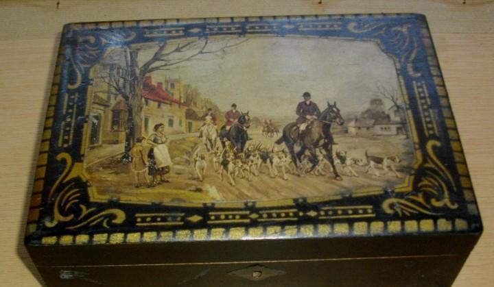 Caja tocador o costura - pintada y litografiada 26 x 6,5 x 7