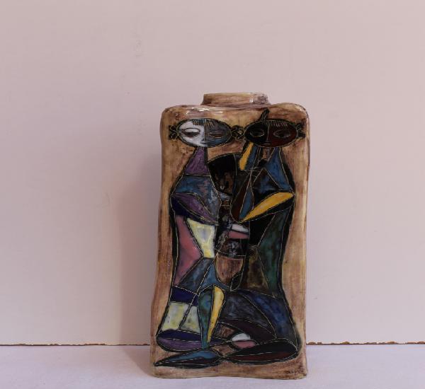 Jarron de cerámica realizado por marcello fantoni