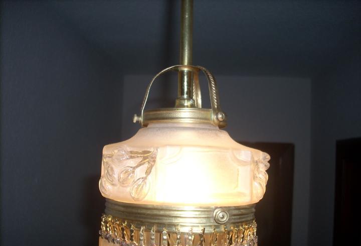 Pequeña lampara de techo original art deco o modernista