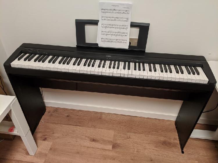 Piano digital yamaha p-45 con poco uso