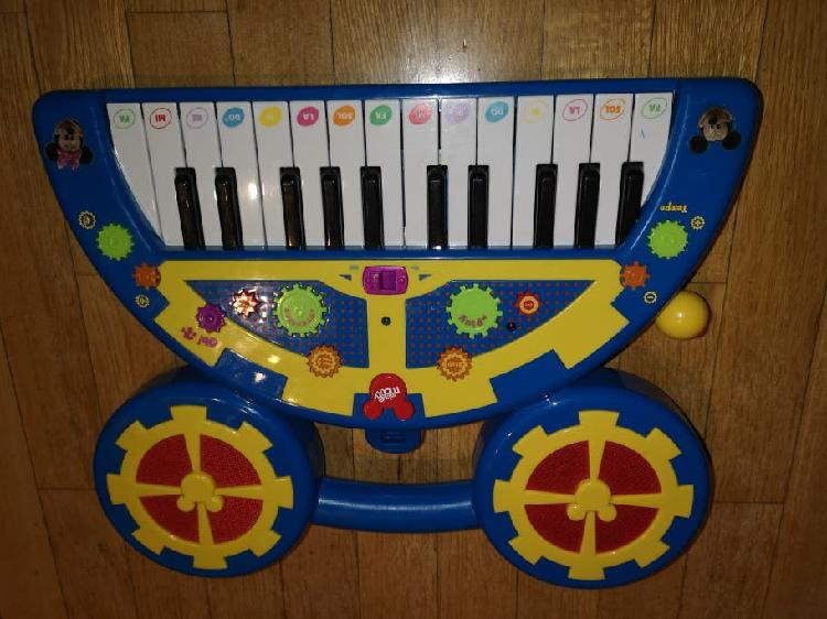 Piano interactivo mickey mouse