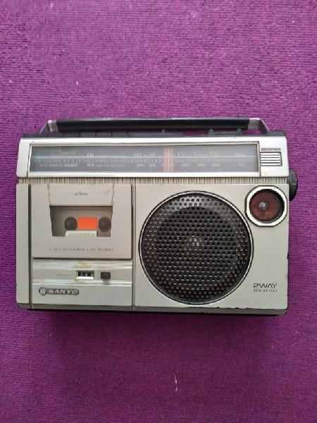 Radio casette sanyo m2429f