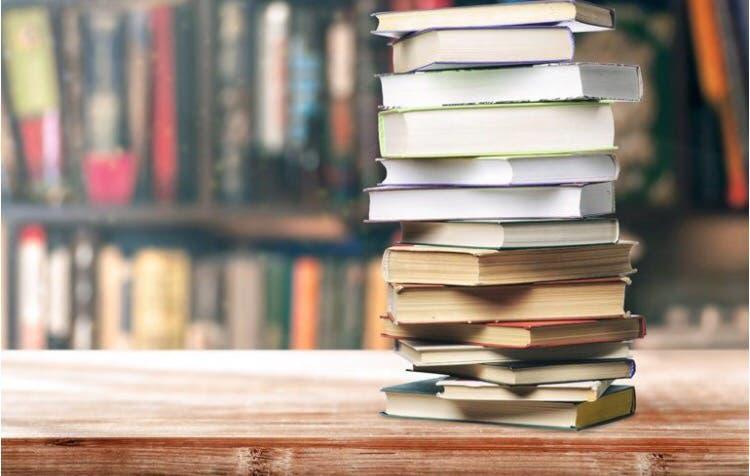 Recogemos libros llámanos