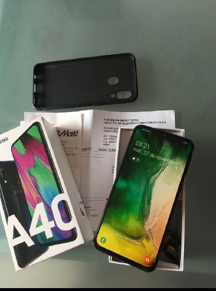 Samsung a 40 con factura y garantia aun 18 meses