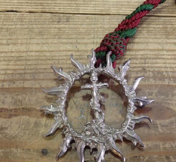 Semana santa sevilla, medalla con cordon hermandad del sol