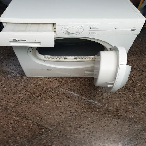 Secadora marca balay de 7 kg clase b de condensaci