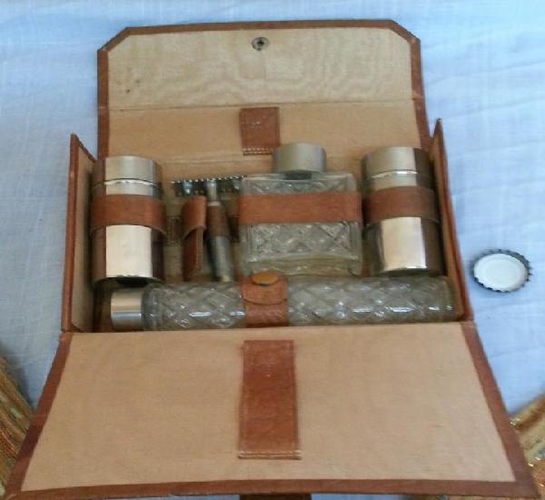 Set de afeitado vintage. neceser de viaje. old shaving set