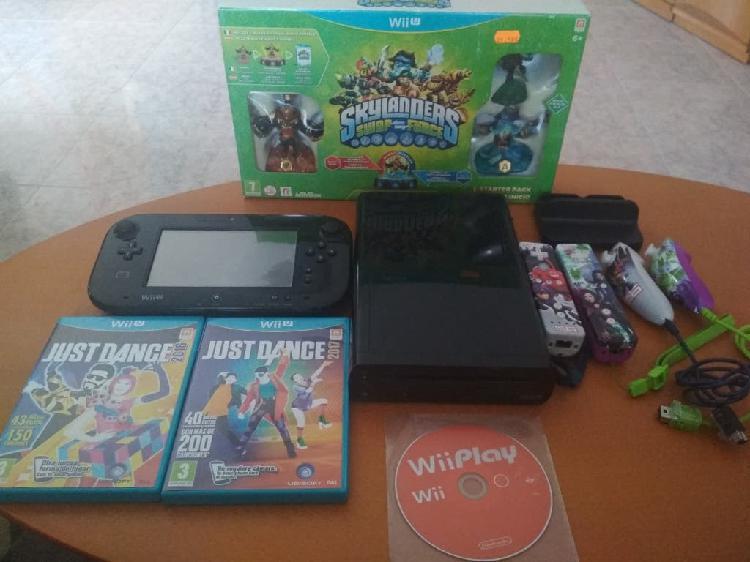 Wii u con 5 juegos y mandos