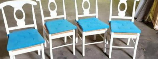 Conjunto sillas madera y mimbre