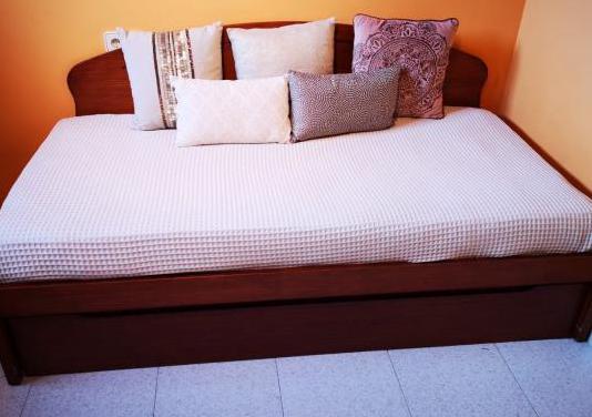 Habitación cama nido madera