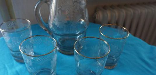 Jarra y vasos cristal tallado y oro