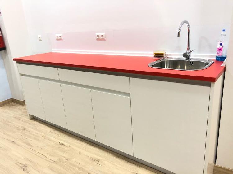 Mobiliario cocina 2,5 metros con encimera formica