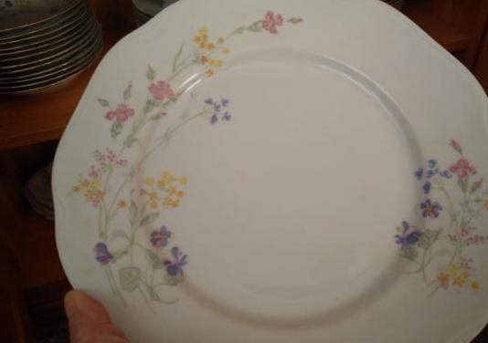 Magnífica vajilla porcelana bohemia 12 serv