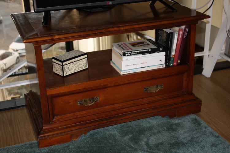 Mesa auxiliar tv madera de cerezo