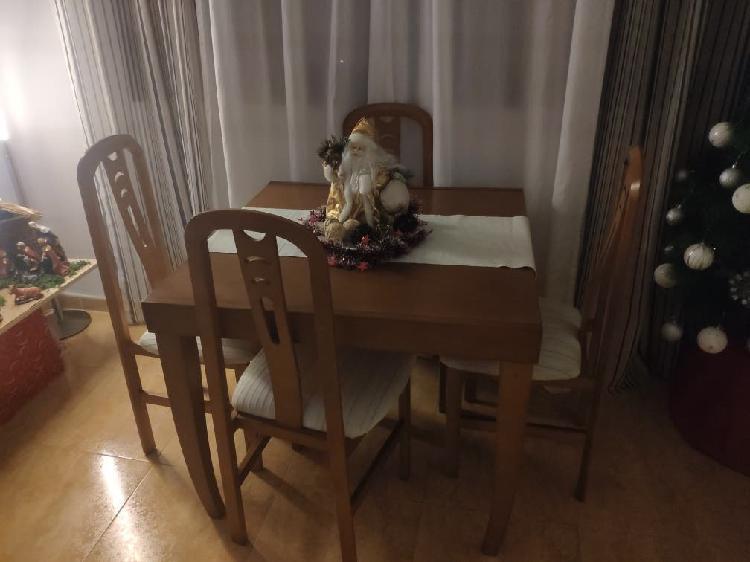 Mesa de madera maciza plegable