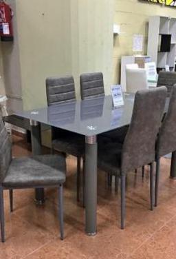 Mesa de cristal con 6 sillas [avatar]