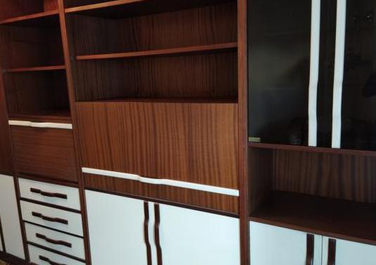 Mueble 4 módulos con cama abatible