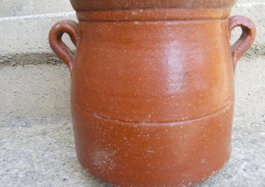 Olla de ceramica antigua
