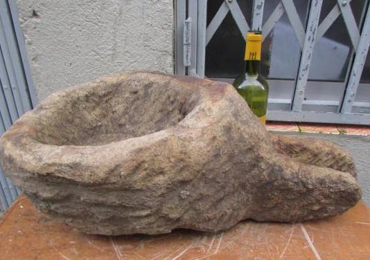 Pia piltea piedra canal caño