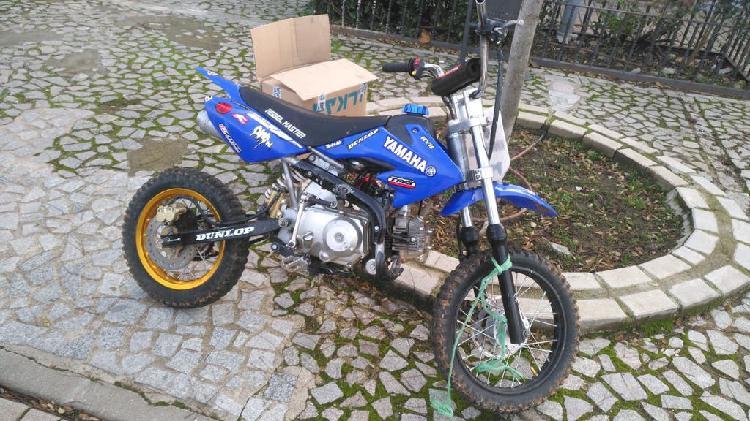 Pit bike 125cc semiautomatica