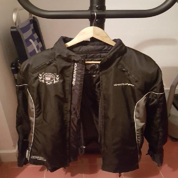 Cazadora y pantalón para moto